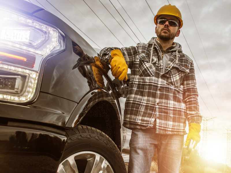 5 Signs Your Light-Duty Work Truck Is Too Small